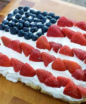 American Flag Gluten Free Fruit Pizza