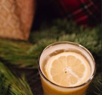 We Discovered 11 Holiday Cocktails To Drink All Winter Long
