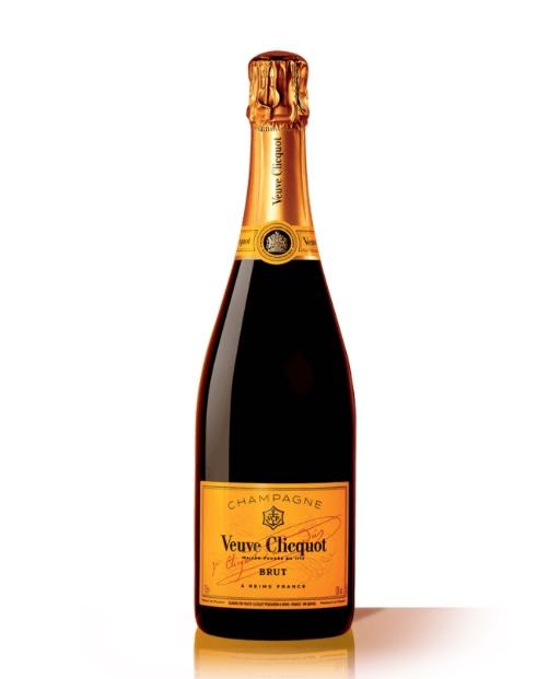 Our Guide To Snagging The Best Sparkling Wine and Champagne To Uncork