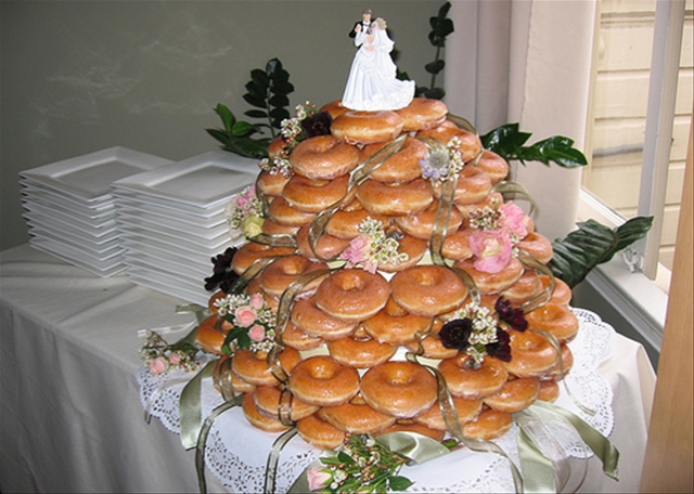Donut wedding cake cyborgology donut wedding cake junglespirit Gallery