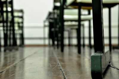 school-desks-305953_640