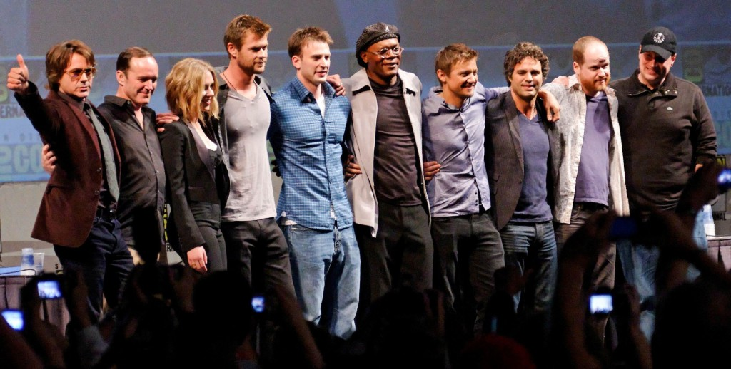 The_Avengers_Cast_2010_Comic-Con_cropped-1024x518