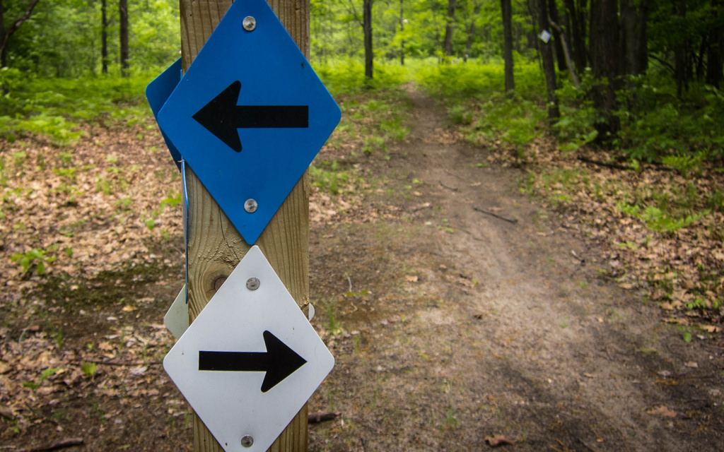 Trail-signs-MMCC