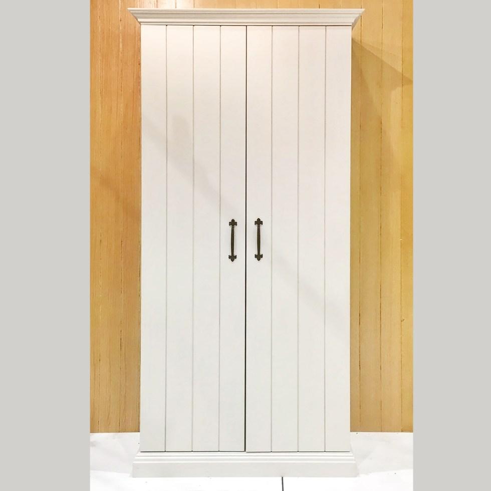 EVA  Cabinet