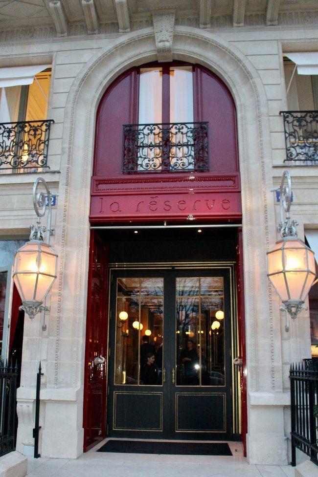 fine dining in paris la reserve hotel the sophisticated life. Black Bedroom Furniture Sets. Home Design Ideas