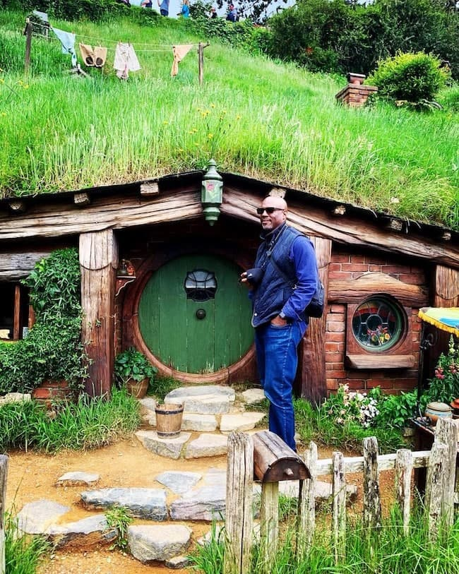 auckland new zealand, hobbiton, matamata, favorite travel experiences, 2018 travels, top 5 travel adventures of 2018