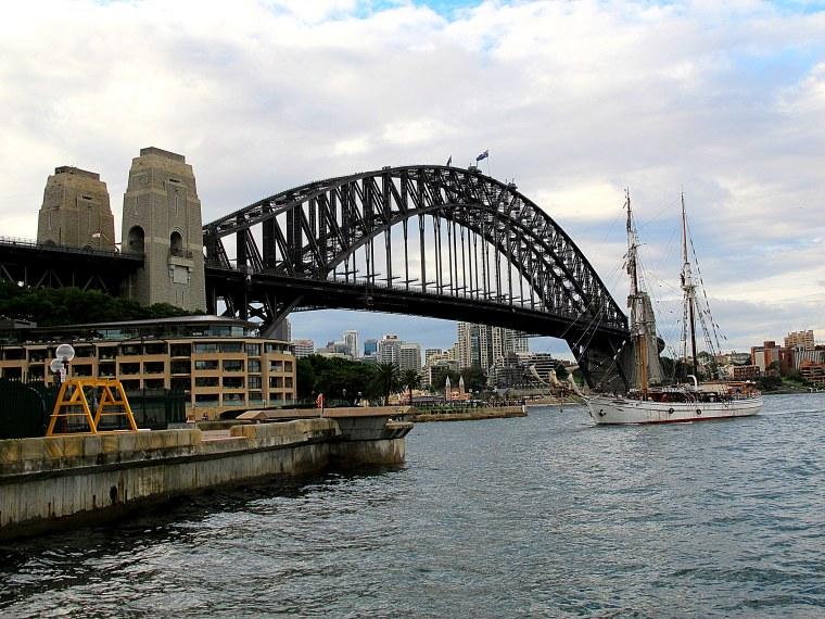 Sydney, Australia: Sydney Harbor Bridge