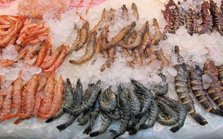 Busan korea inside jagalchi fish market for Chinese fish market near me
