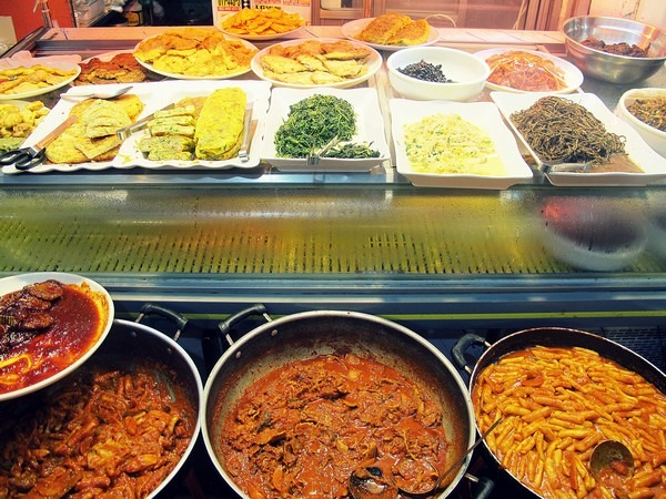 Seoul, Korea: Tongin Market, Korean Food, Side Dishes