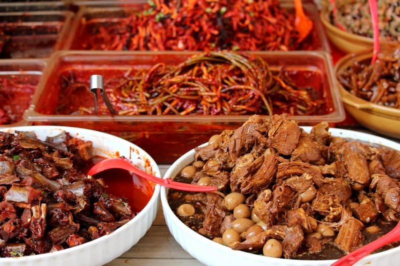 Moraenae Market, Namdong-gi, Incheon, Korea: Korean side dishes