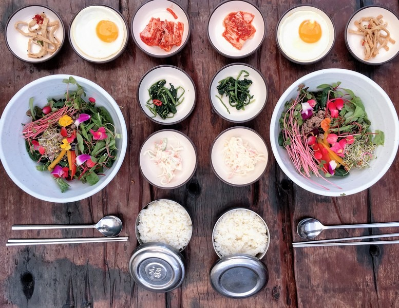 Herb Village, Yeoncheon-gun, Korea: Flower Bibimbap