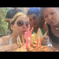 Día 200 - Selfie soplando las velas de mi 35 cumpleaños