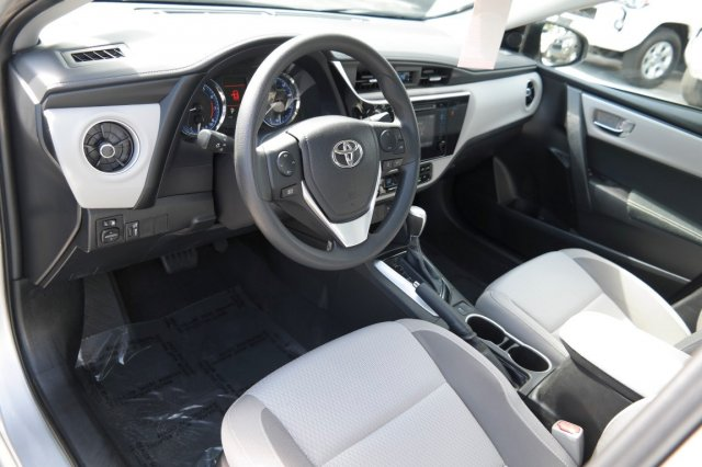 Used 2017 Toyota Corolla full