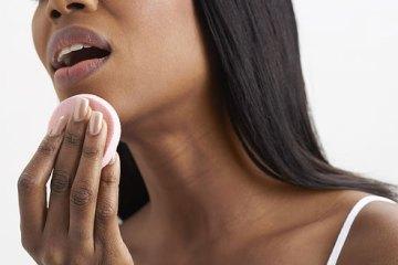 black woman, makeup, beauty, powder