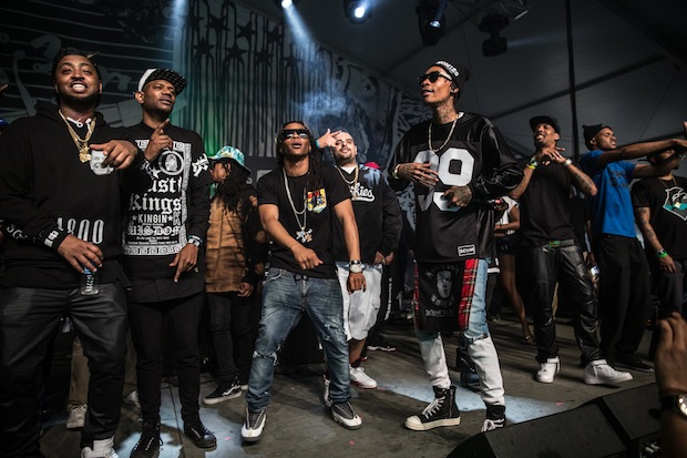 """Wiz Khalifa's """"Taylor Gang Entertainment"""" Inks Deal With"""