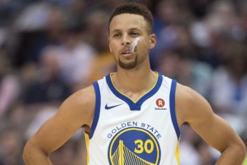 Steph Curry Injures Troubled Ankle, Leaves Game On Crutches