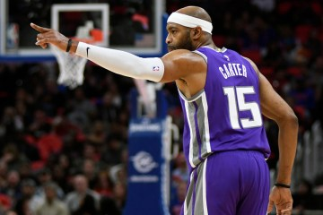 Vince Carter Signs a One Year Deal With he Atlanta Hawks For His 21th Season