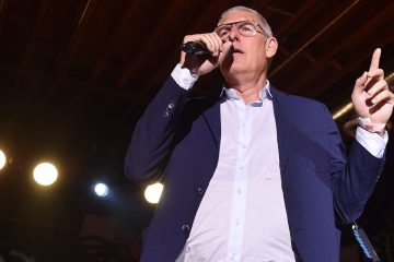 Lyor Cohen Claims he Almost Signed Drake