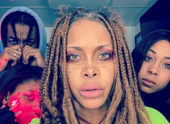We All Knew Erykah Badu Had Superpowers But Apparently Her