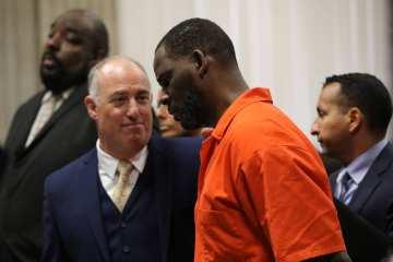 Texas Inmate Writes Handwritten Letter to Judge Warning 'Jail Staff' is Targeting R. Kelly