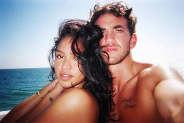 Cassie Shares First Photo of her Daughter With Husband Alex Fine