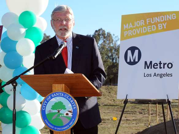 Metro CEO Art Leahy talking at the groundbreaking today. Photo by Juan Ocampo/Metro.