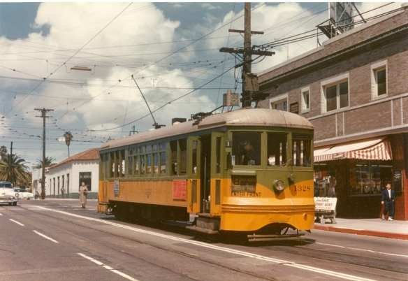 Photo by Alan Weeks, via Metro Library & Transportation Archive's Flickr stream.