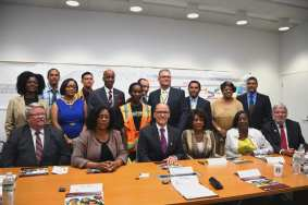 After the session ended elected officials and special guests gather around Secretary Perez for a photo opportunity at the Crenshaw/LAX IPMO. Photo Luis Inzunza/Metro).