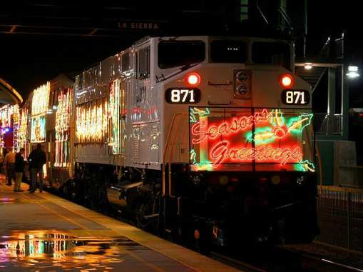 The Metrolink Holiday Toy Express pulls into Sierra Station in Riverside. Image by Chuck Coker via Flickr/CC.