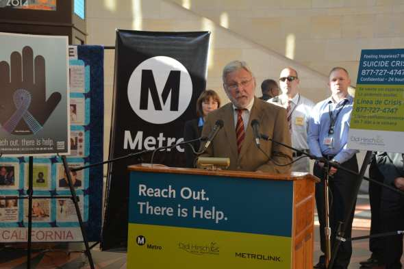 Metro CEO Art Leahy speaks at the suicide prevention event this morning. (Photo: Luis Inzunza / Metro)