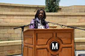 Metro Board Member Jacquelyn Dupont-Walker speaks at the Juneteenth ceremony. Photos by Luis Inzunza.