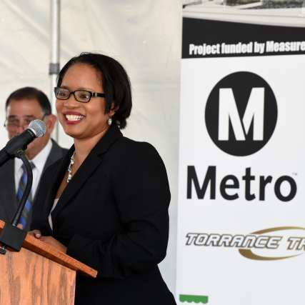 Metro DCEO Stephanie Wiggins speaks at the groundbreaking. Photo: Luis Inzunza/Metro