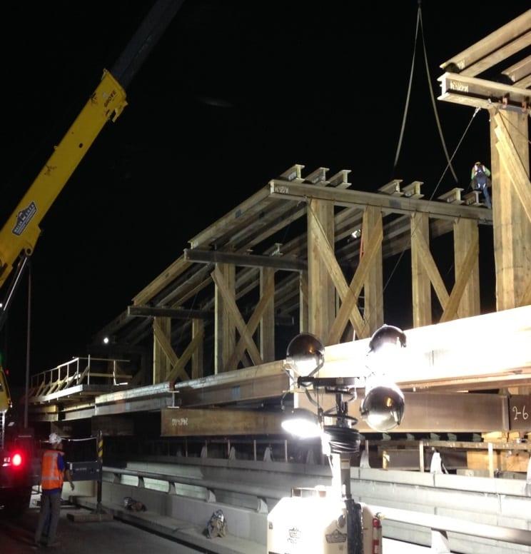 i-405-bridge-bridge-superstructure-falsework-erection-ongoing