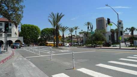 Crosswalk across Los Angeles Street, present day.