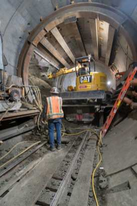 Crews building one of three cross passages between Little Tokyo and Bunker Hill. Photo by Ken Karagozian.
