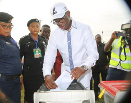 Governor Ifeanyi Okowa casting his vote