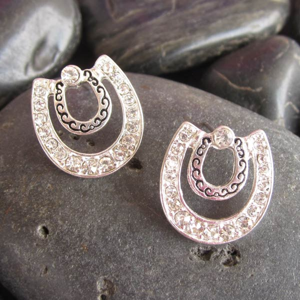 Give a Little Bling to the Cowgirl in Your Life: 30% off WyoStyle