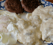 BUTTERMILK BISCUITS AND COUNTRY GRAVY