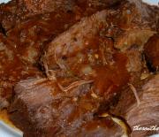 CROCKPOT BEEF AND TOMATO GRAVY