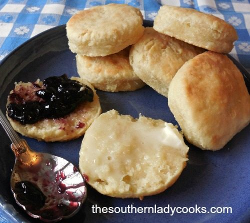sour-cream-biscuits3a