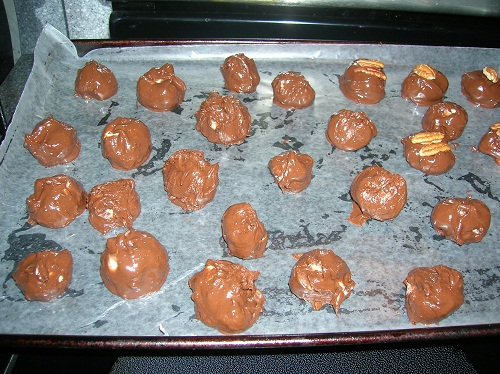 Kentucky Bourbon Balls - TSLC4