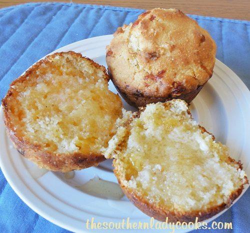 Cheesy Honey Cornbread Muffins -TSLC - Copy
