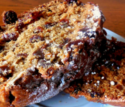OLD FASHIONED RAISIN CAKE