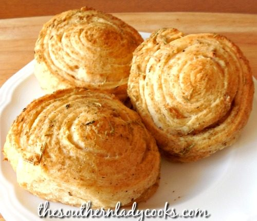 Garlic Herb Crescent Rolls-The Southern Lady Cooks