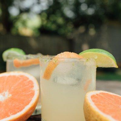 Refreshing Grapefruit Margarita