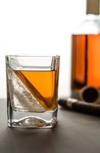 whiskey ice glasses