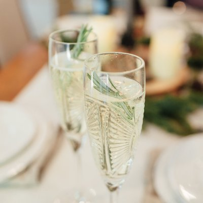 top 5 holiday cocktail recipes rosemary champagne