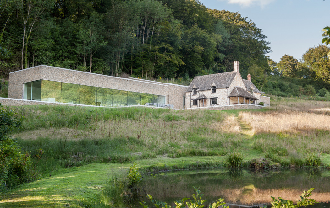 Architect Richard Found Carves His Home Into The Cotswold