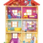 Peppa Pig's Lights & Sounds Family Home Feature Playset $35.00 (Regular $59.99)