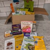 LOVIDIA Way low-carb bundle - Great Sampling of Snacks and More!